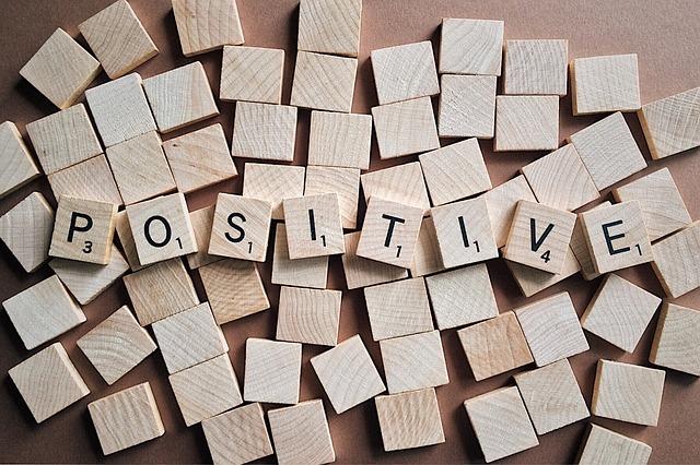 positive-letters-2355685_640